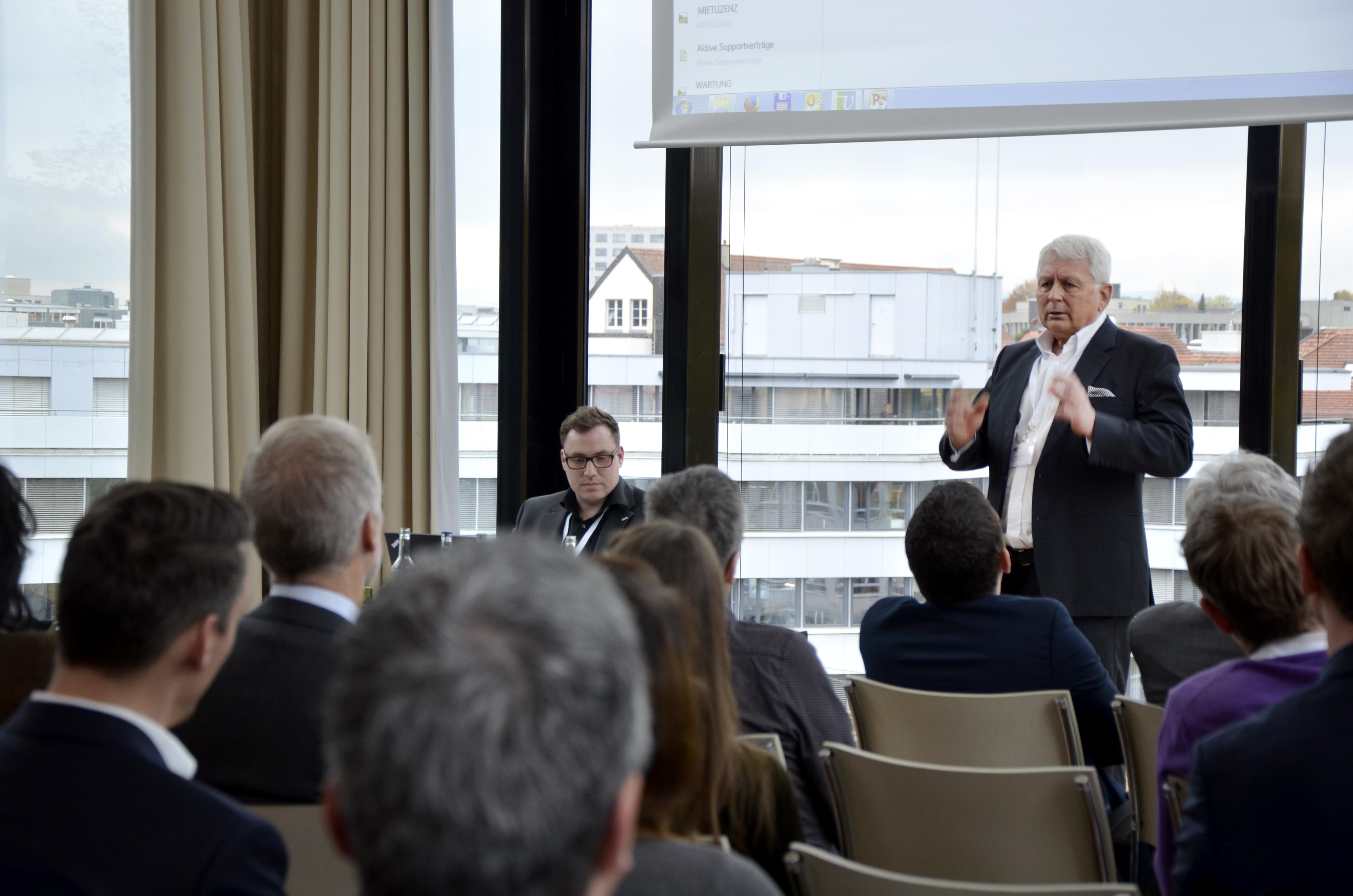 Dr. Norbert Jesse (QuinScape GmbH) auf der Vertec Anwendertagung