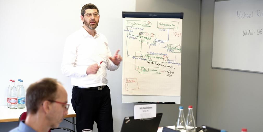 Direkter Wissentransfer durch Vertec-Projektleiter in den Kursen.