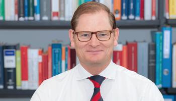 Dr. Martin Eckert
