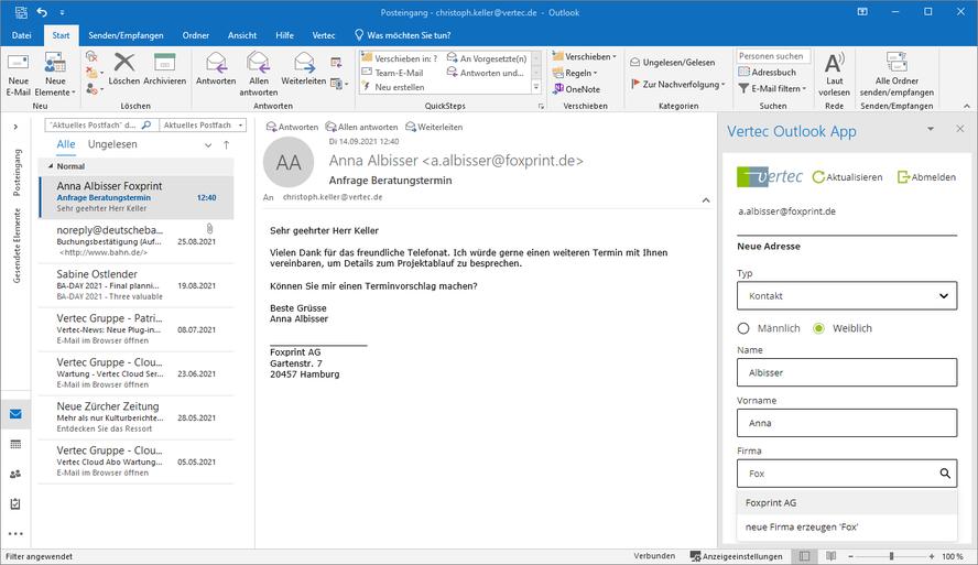 Eine E-Mail Adresse erfassen mit der Outlook App. Das Adressbuch im Vertec ist verknüpft. Der Kontakt kann einer bestehenden Adresse zugewiesen werden.