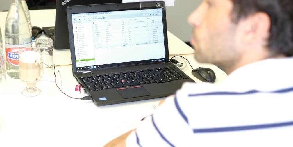 Bei den Kursen arbeiten die Teilnehmer direkt in der Software Vertec.